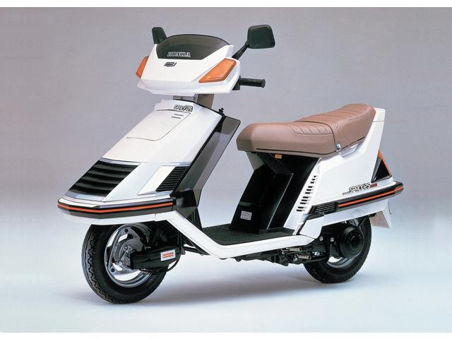 honda spacy 125 striker motorcycle news webike japan. Black Bedroom Furniture Sets. Home Design Ideas