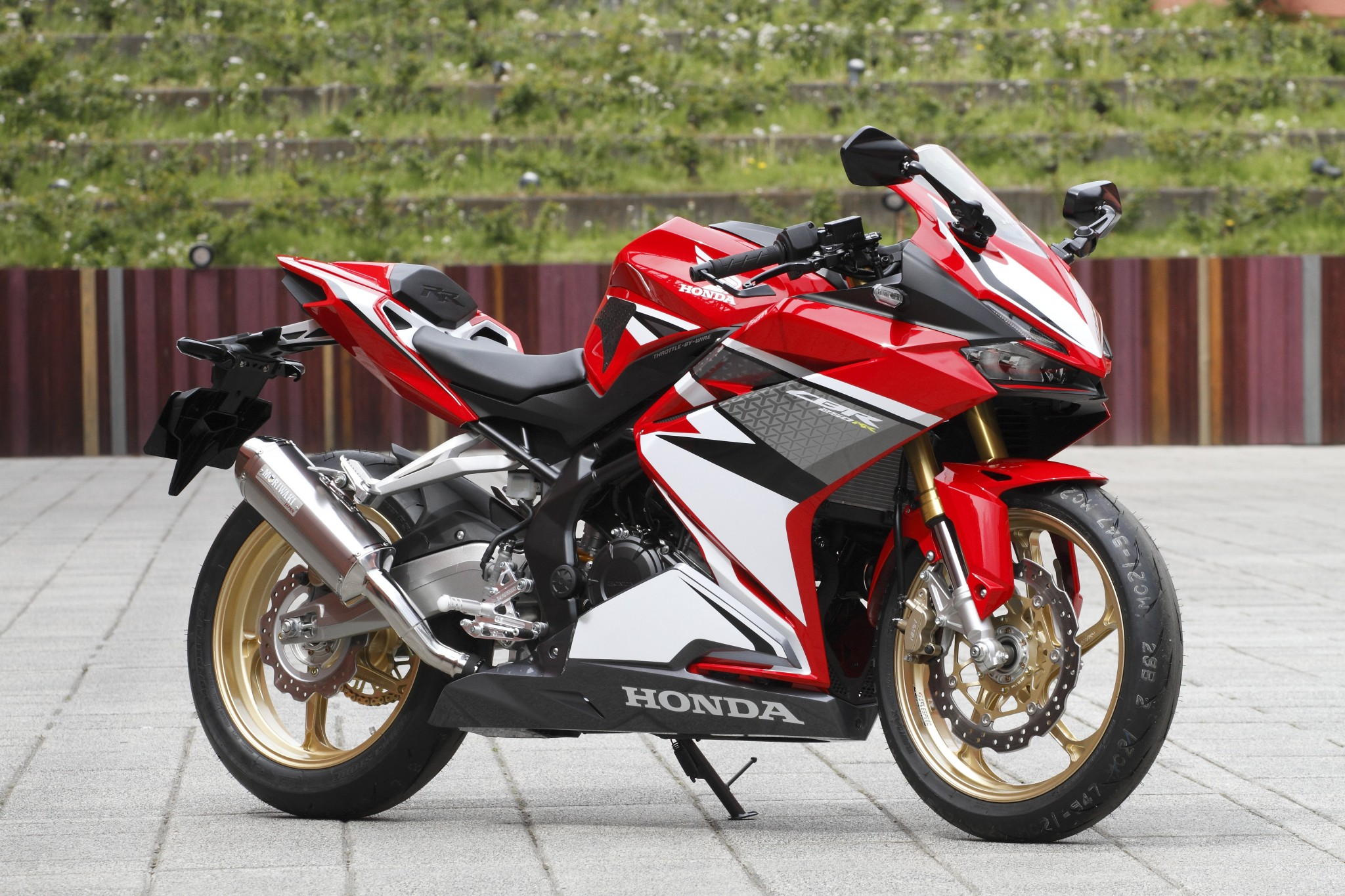 Test Drive Honda Cbr250rr Motorcycle News Webike Japan