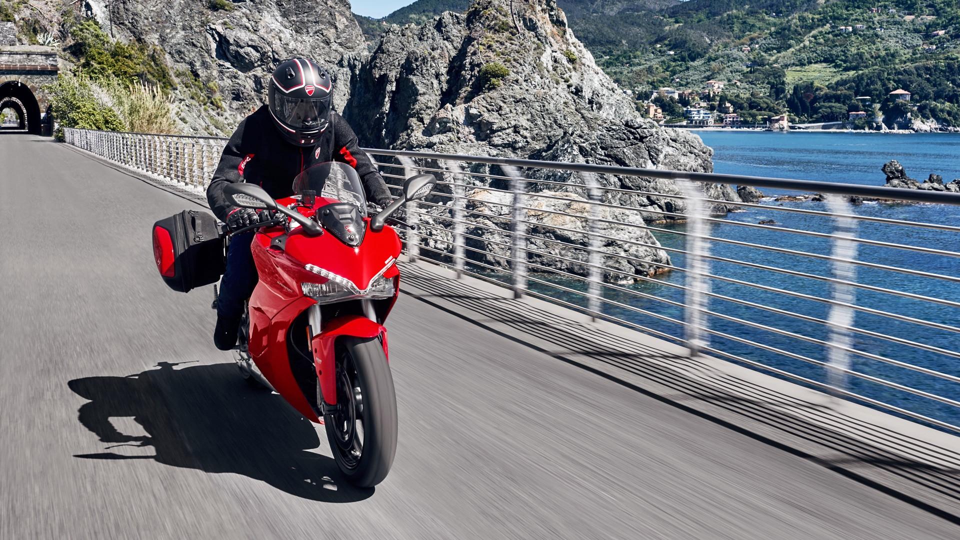 Ducati  Engine Management Light