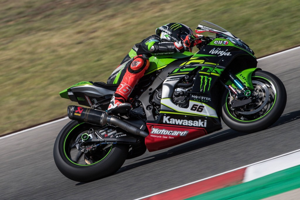 01bd734a9fa In scoring his 11th WorldSBK race win of the season Jonathan Rea (KRT)  reached a career total of 65 victories – and a historic 50th race win since  he joined ...