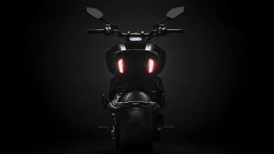 Diavel-1260-S-MY19-07-Gallery-1920x1080