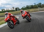 Panigale-V4R-Red-Ambience-MY19-02b-Hero-banner-1600x1000