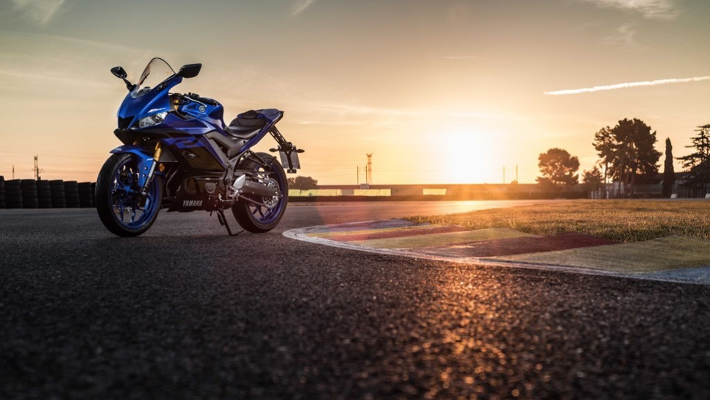 2019 Yzf R3 Price Availability And Accessories Information Webike