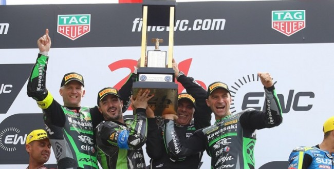 800_team-src-kawasaki-france-on-the-podium-782404