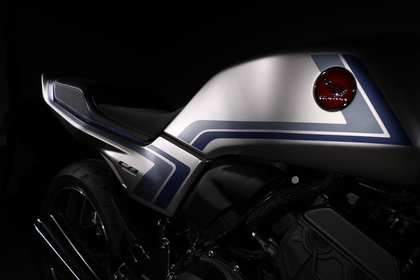 "HONDA Concept Model ""CB-F Concept"" Debuts on the WEB as a World Premier"