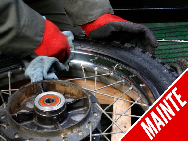 How to Polish and Rust Out the Chrome Plating Wheels of Motorcycle